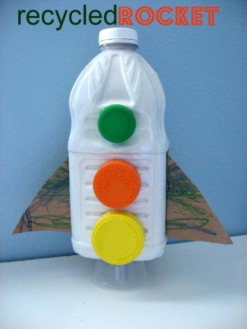 Plastic bottle rocket