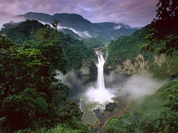 Ecuador fall